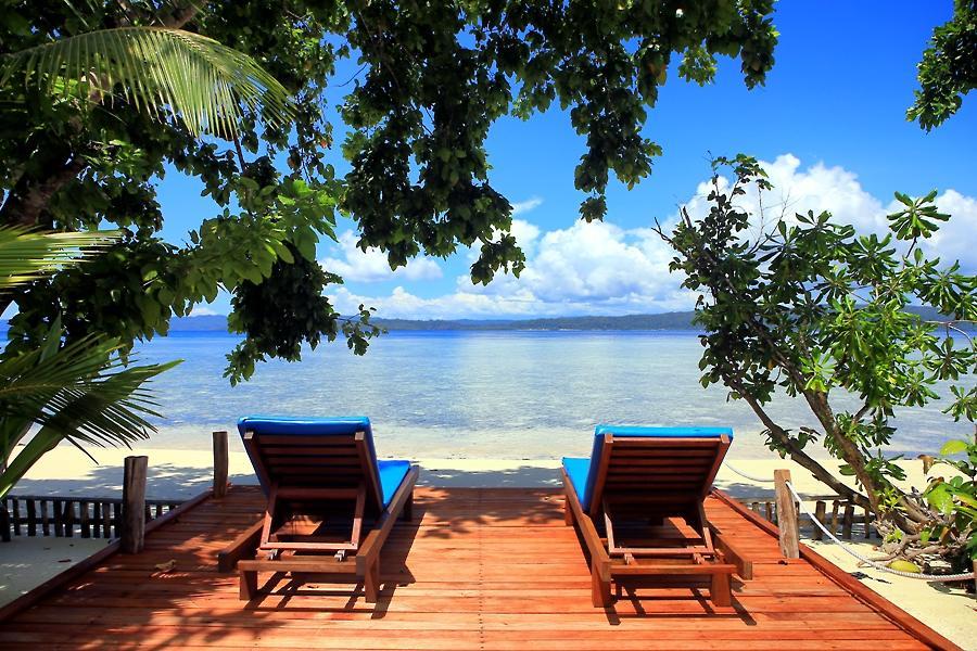 Raja ampat dive lodge at yenpapir beach mansuar island - Raja ampat dive resort ...